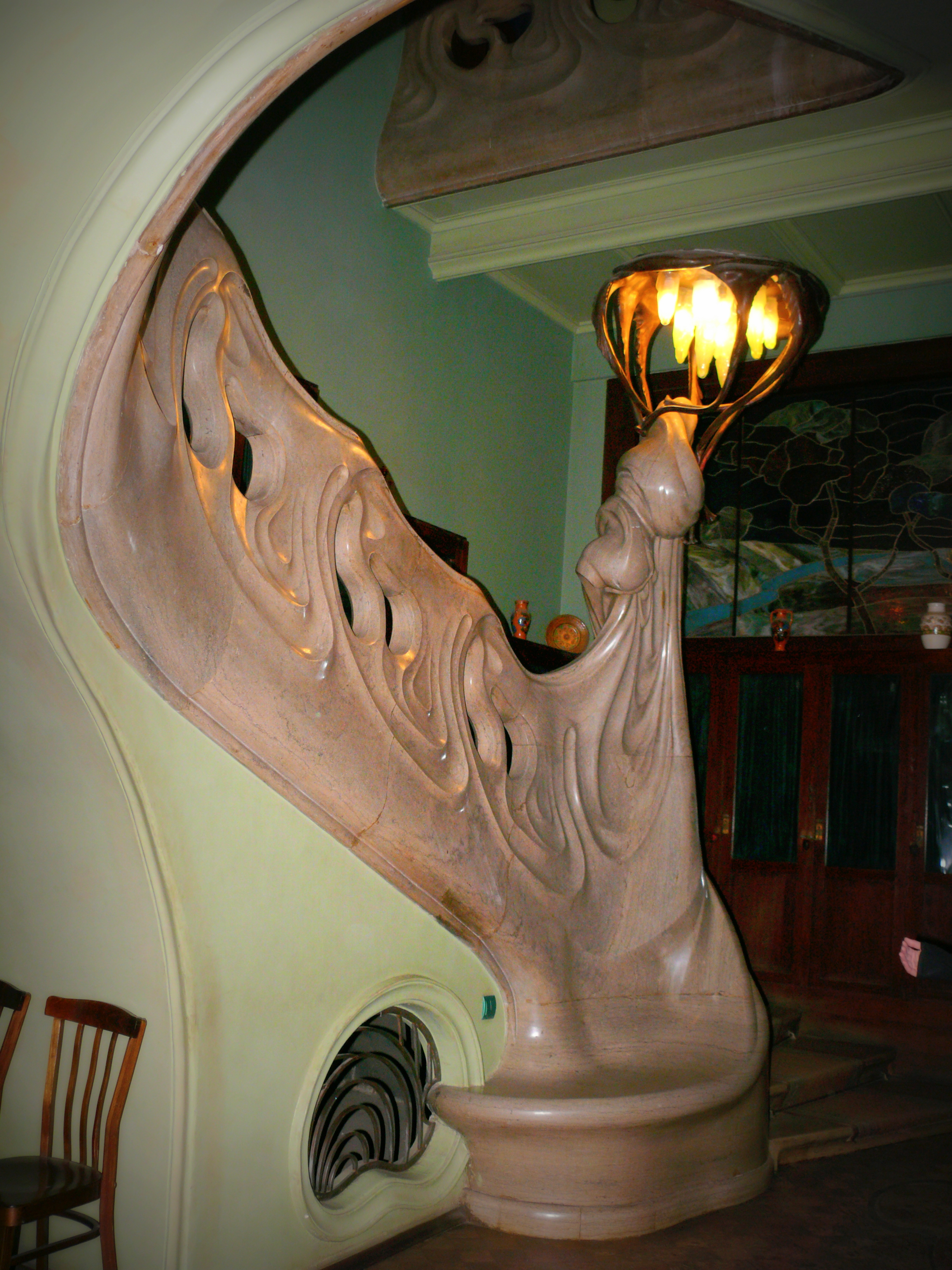 Art nouveau staircase for Art deco interior doors home