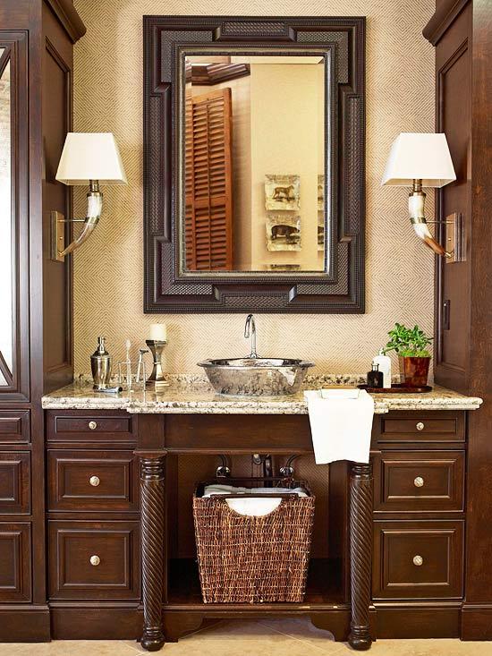 Traditional bathroom look, image source