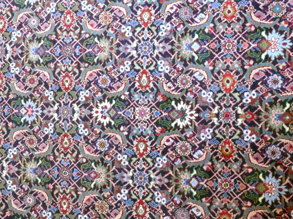 How to pick an oriental rug: buying guide