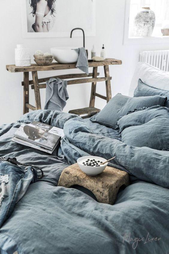 Luxury Essentials: Top Bedding Manufacturers - L' Essenziale