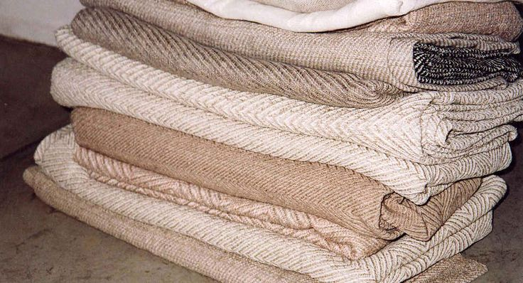 Hand woven linen towels from Latvia, Studio Natural Company.
