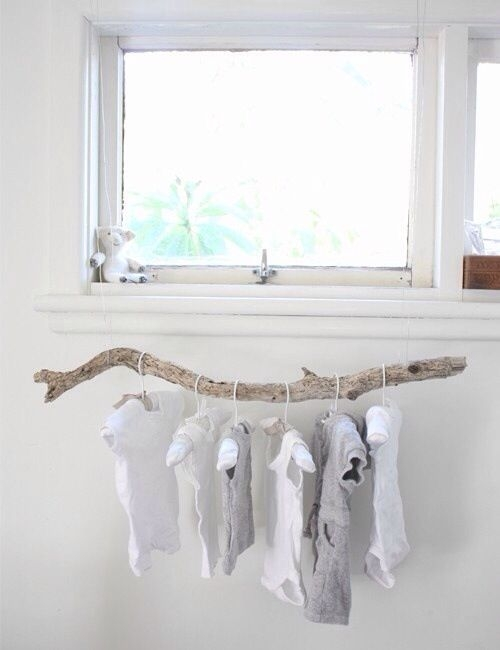 7 diy ideas of decorating with dry branches l 39 essenziale for Bout de bois deco