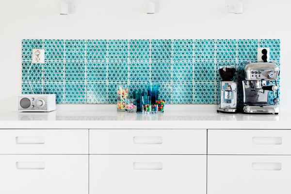 turquoise kitchen tiles 16 ingredients for the ideal kitchen l essenziale 2970