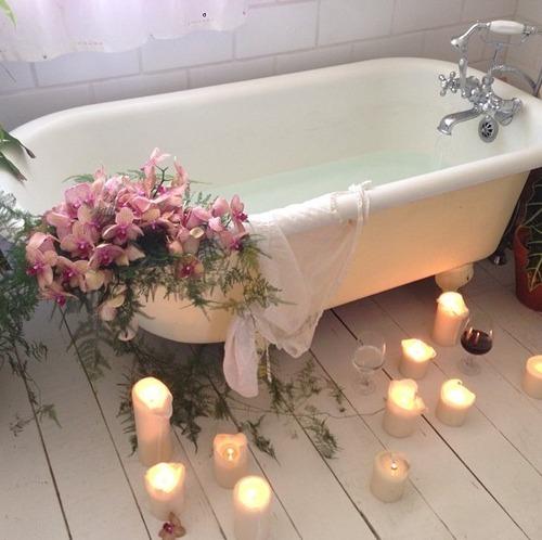 Romantic Bathroom Lighting Ideas: 6 Romantic Bathroom Ideas For Your New Luxurious Home