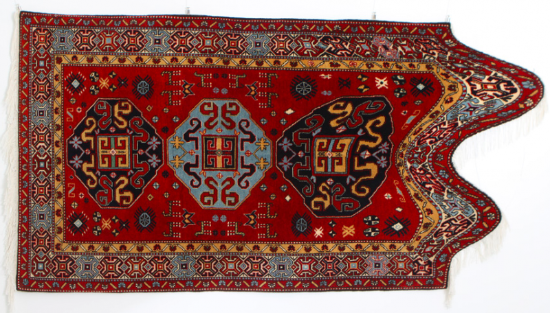Azerbaijan Rugs: Lost Traditions or New Art?