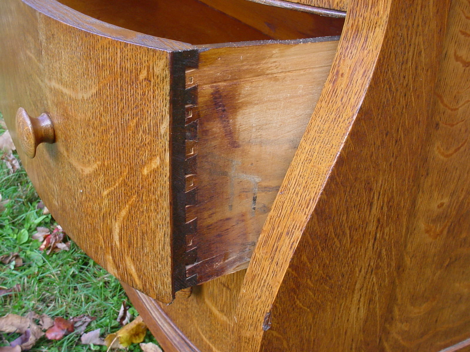 Dovetail joint in antique furniture. Image source