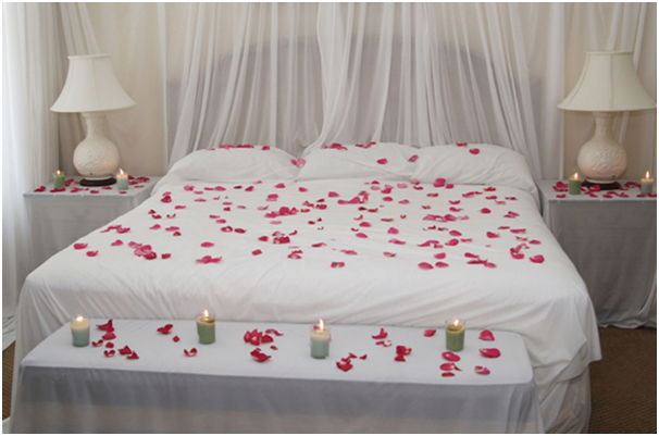 Romantic melody. Tips For Valentine s Day Bedroom Decorations   L  Essenziale