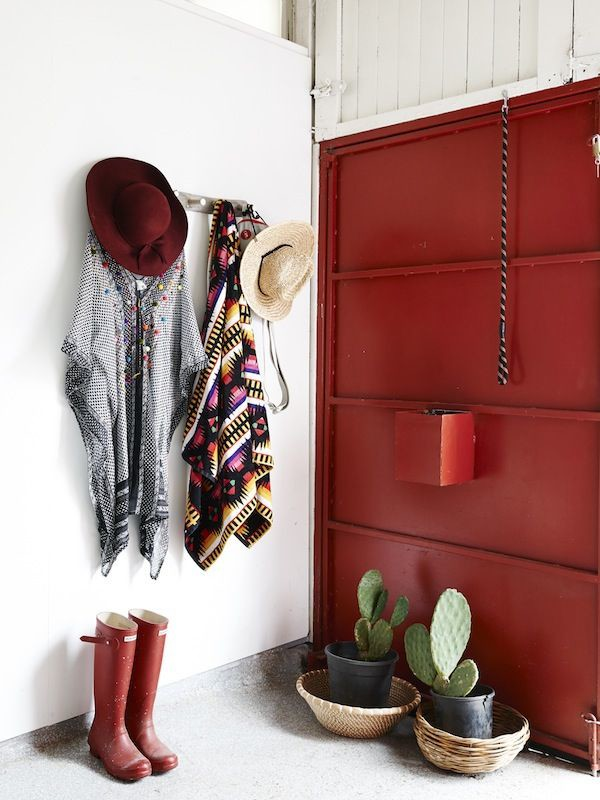 Decorating with Red – the Colour of LOVE