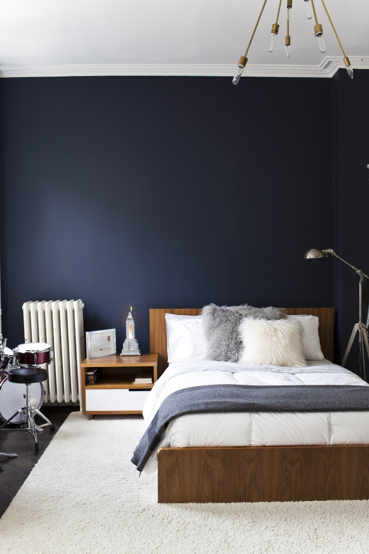 Essential colour navy blue decorating tips and tricks