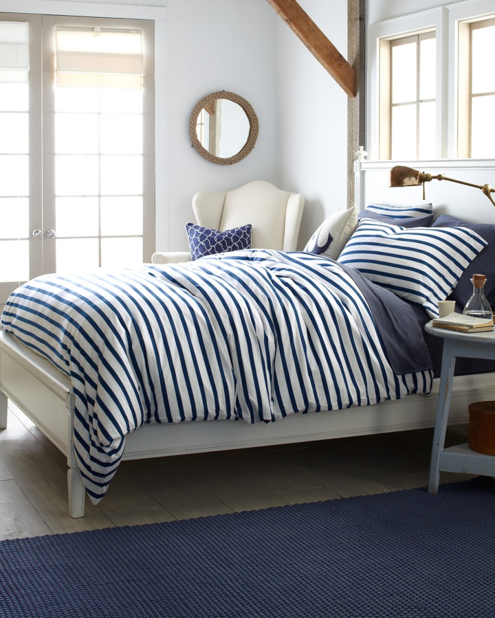 Create A Stunning Nautical Themed Bedroom
