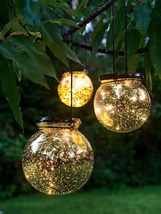 beautiful garden lights