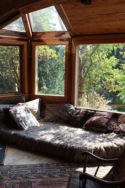 woodland cottage theme