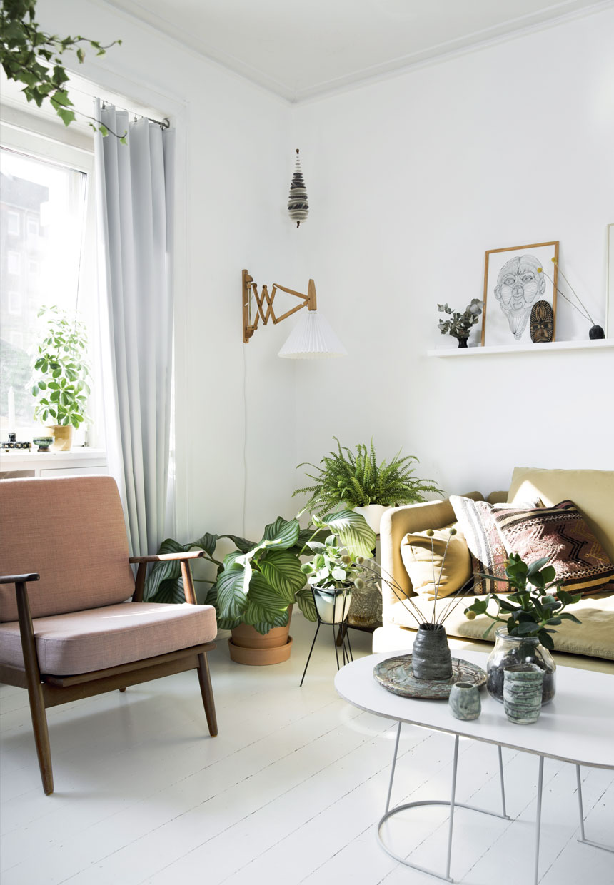 Scandinavian Apartment With A Green Feature Wall