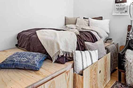 How to Utilize Your Limited Bedroom Space ?