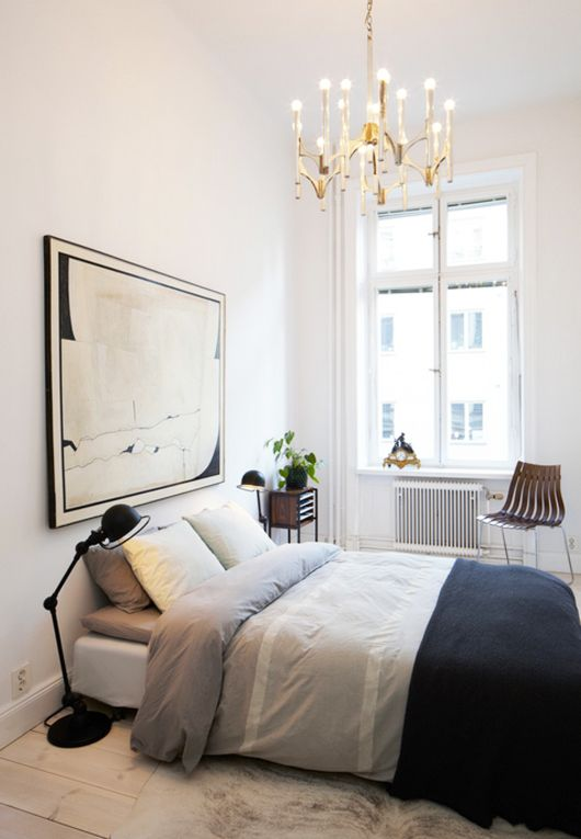 How to utilize your limited bedroom space l 39 essenziale for Utilizing space in a small bedroom