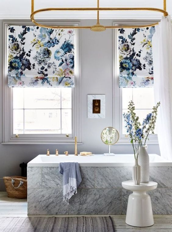5 Tricks to Spruce up Your  Bathroom on a Budget