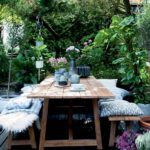 5 Ways to Use Wood in Your Garden
