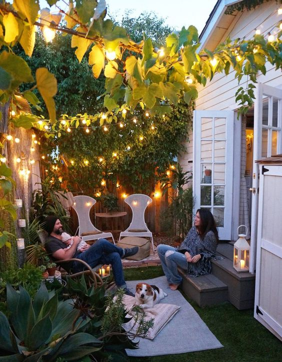 Nocturnal Nature: 6 Ways to Turn Your Patio Into a Comfortable After-Dark Alcove