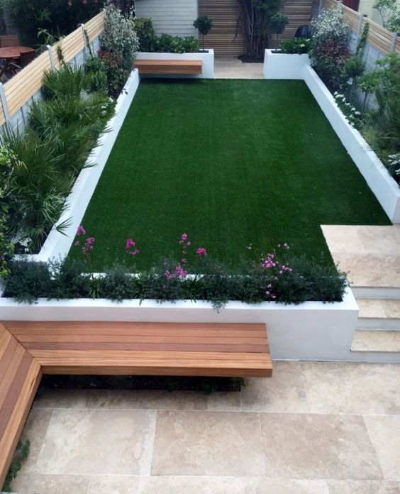 How to Maintain Your Artificial Lawn During All Seasons