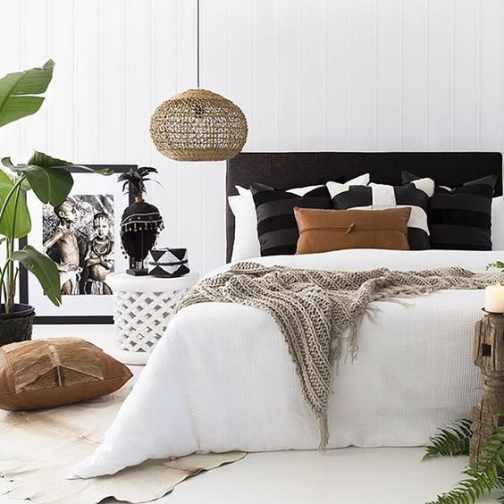 Decorating With Black White: Divan Bed, Bedstead Or Storage Bed: How Do You Choose?