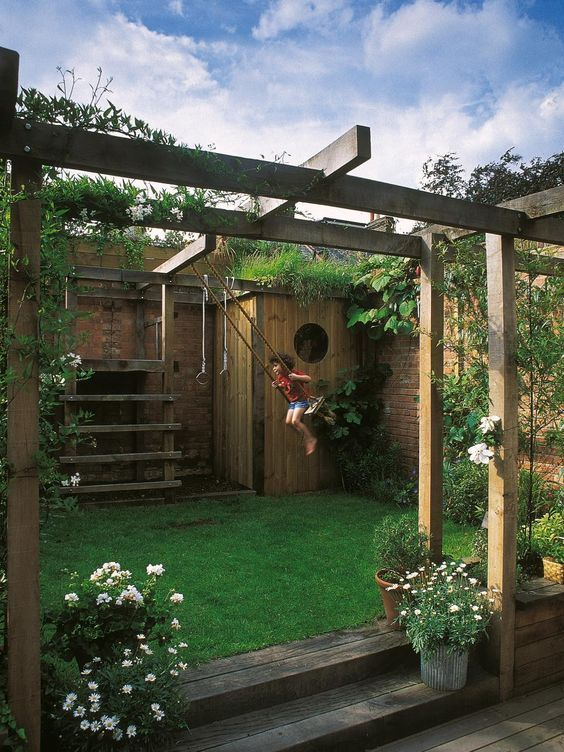 5 Tips To Creating a Healthy Backyard For Kids - L'Essenziale