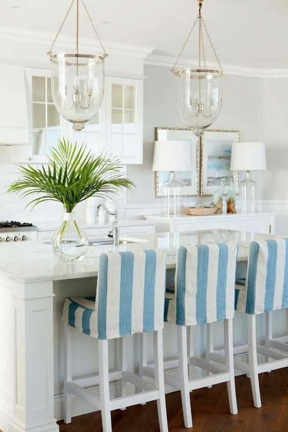 Why Hamptons-Style Kitchens Are the Latest Interior Design Trend