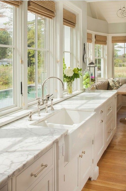 Why Hamptons-Style Kitchens Are The Latest Interior Design