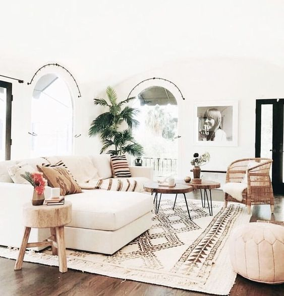Tips To Make Your Living Room Look More Spacious